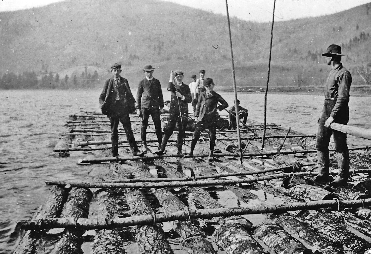Log raft on Delaware River